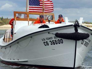 cropped-boat1.jpg